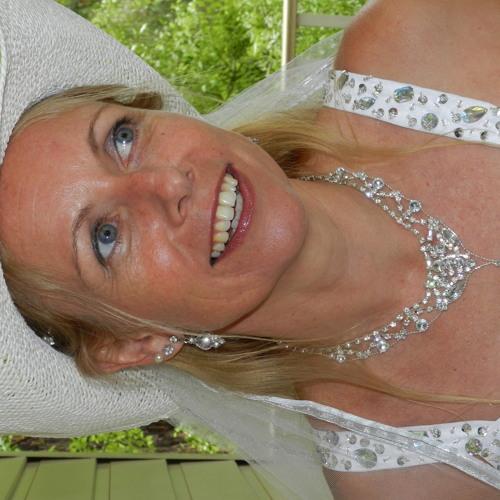 Emma McCarthy 12's avatar