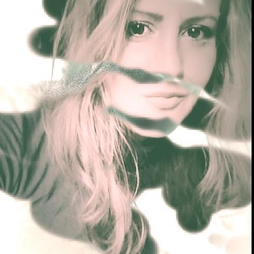 Julichkra's avatar