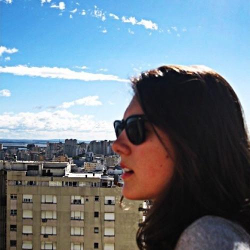 Isadora Titton's avatar