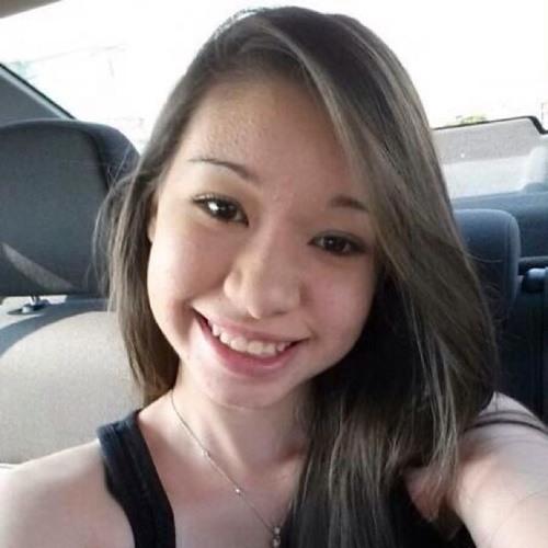 Julia Chixaro's avatar