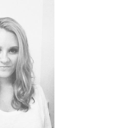 Katie Henry 3's avatar