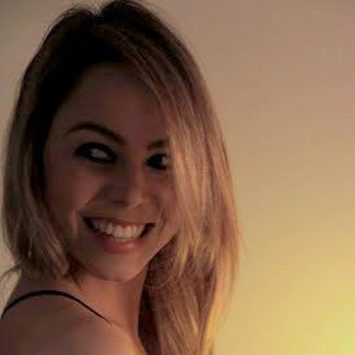 Lalah Rodrigues's avatar