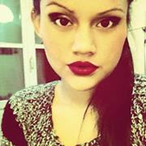 Leslie Villota's avatar