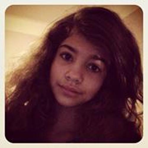 Yasmine Leches's avatar