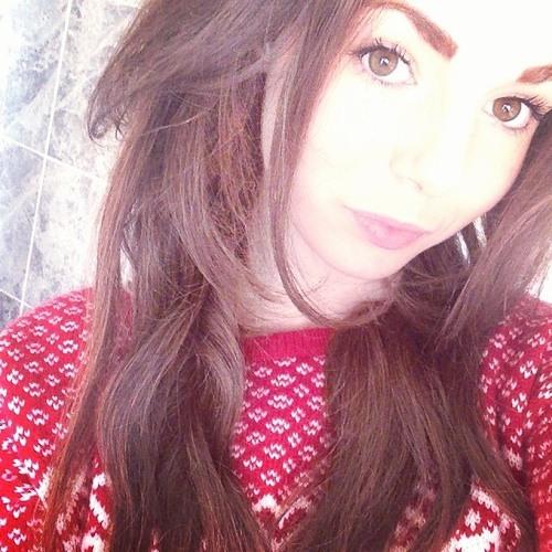 Caitlin Rennie's avatar