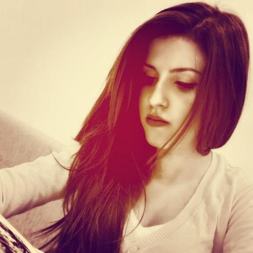 Lena TCikorita's avatar