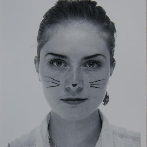 Vinyl Katze's avatar