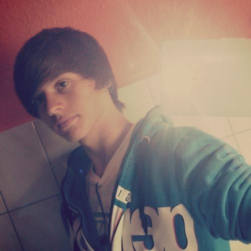 Lucas Massinger's avatar