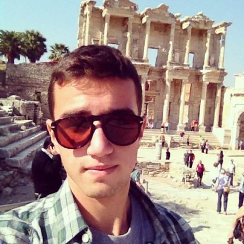 AntonioFusco(y)'s avatar