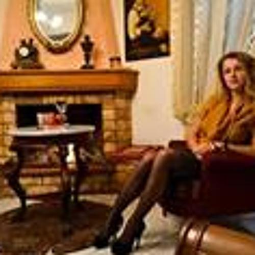 Alina Shamakhova's avatar