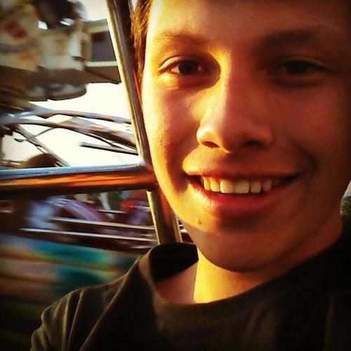 Claudio Arce's avatar