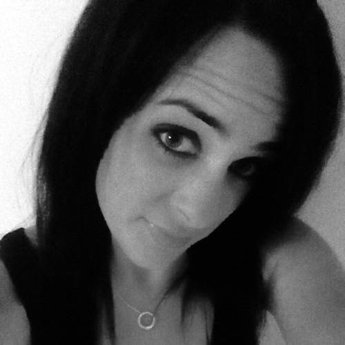 TinyChelle's avatar