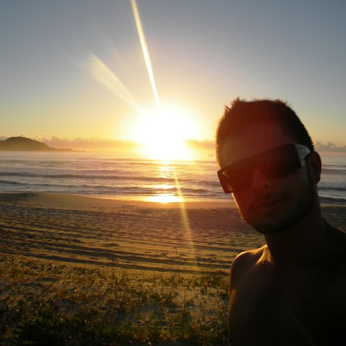 Jhoni Idalencio's avatar
