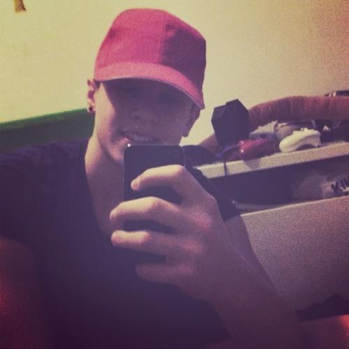 Leon57's avatar