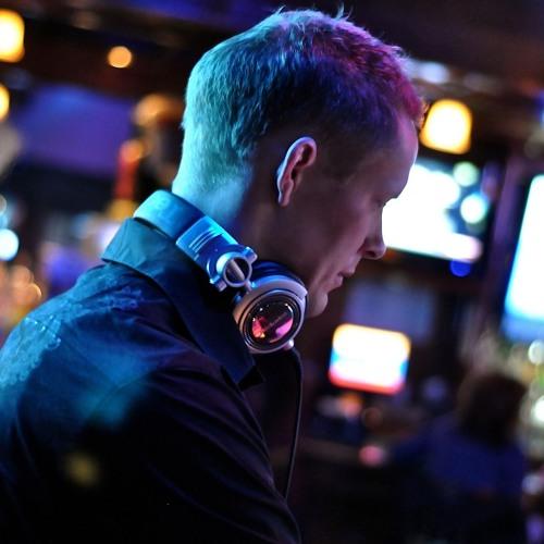 DJ Uniq's avatar