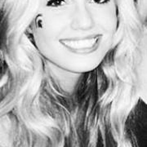 Audrey Smith 17's avatar
