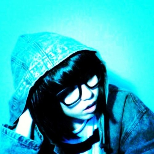 Ichan [イチャン]'s avatar