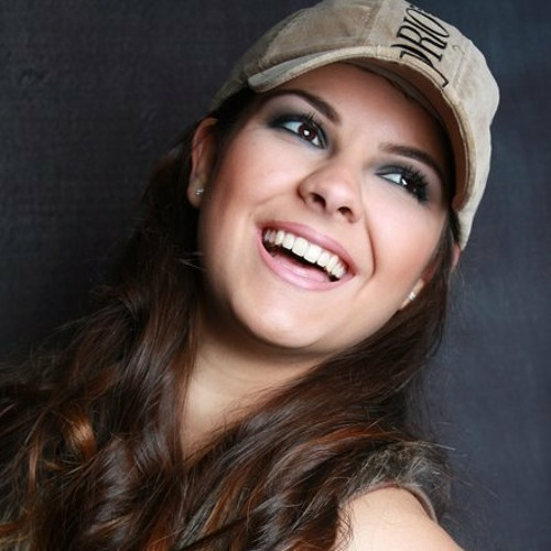 PamellaGomes's avatar