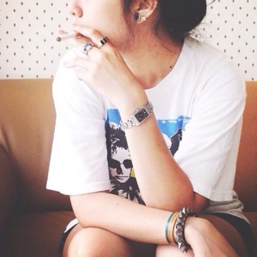 rizhe yunilasari's avatar