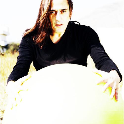 Dimitris Liolios (Leo D )'s avatar