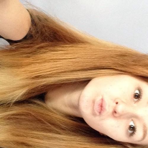 carissajade_'s avatar