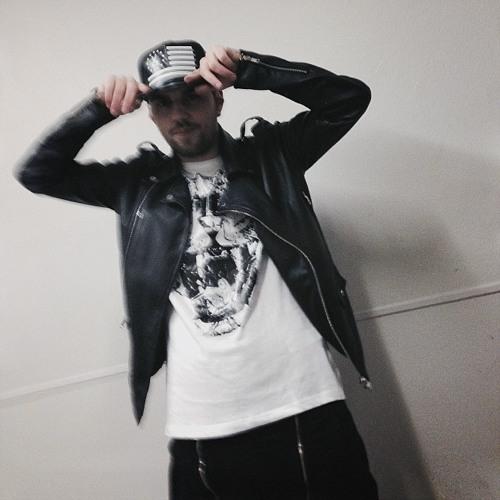 TjiSousa's avatar