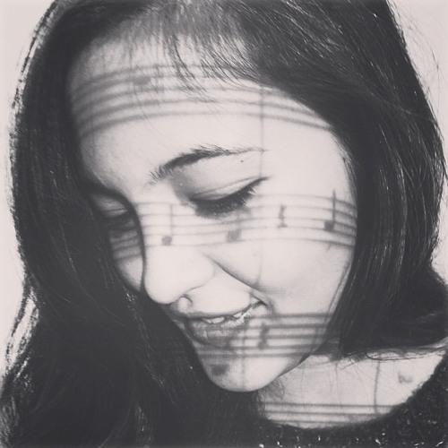 Kat Milan's avatar