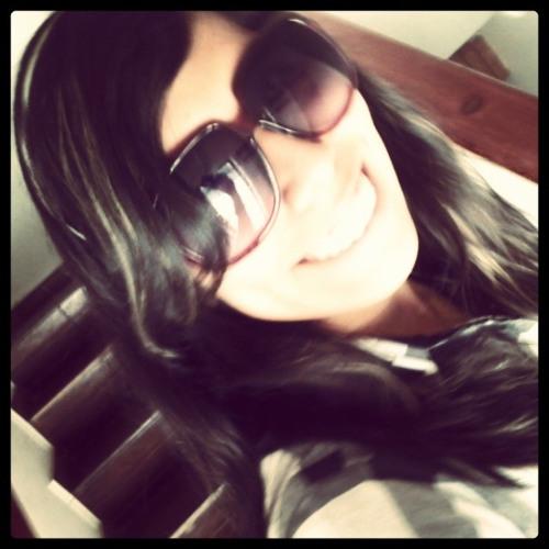 Gianina (Nina) Sánchez's avatar