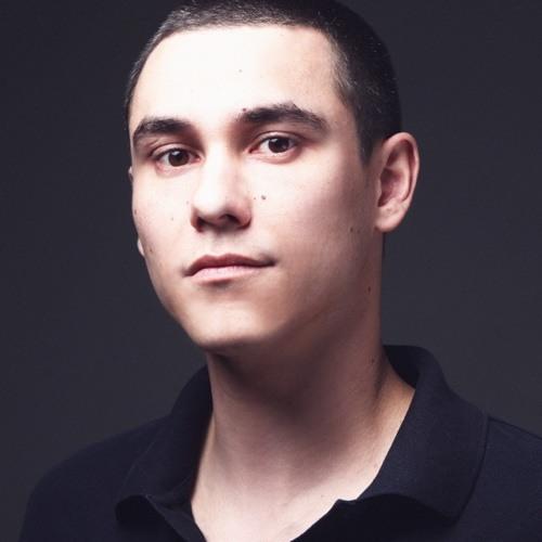 Yan Garen's avatar