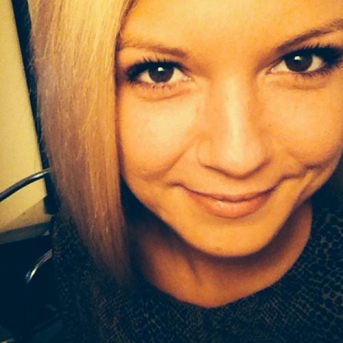 ChloeC89's avatar
