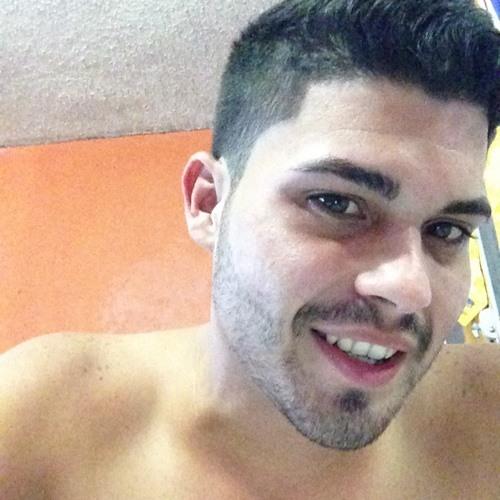 Roberto Giovanny Gonzalez's avatar