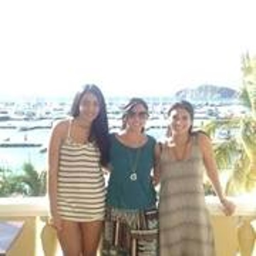 Maria Victoria Castillo 3's avatar