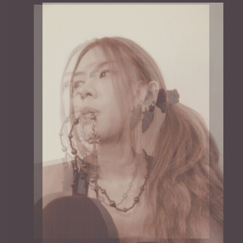 Marisa May's avatar