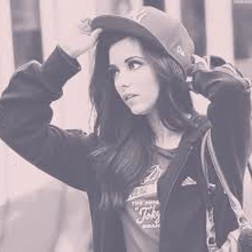 Maélys Jade's avatar