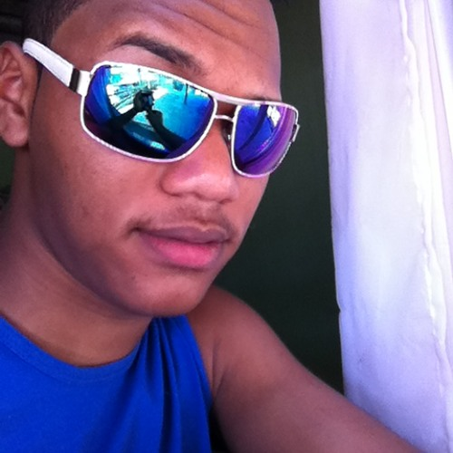 Wander Luiz 8's avatar