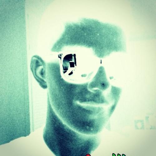 Hous3 Party  \(^•^)/'s avatar