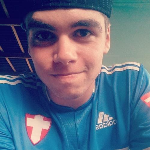 Vinicius Clini's avatar