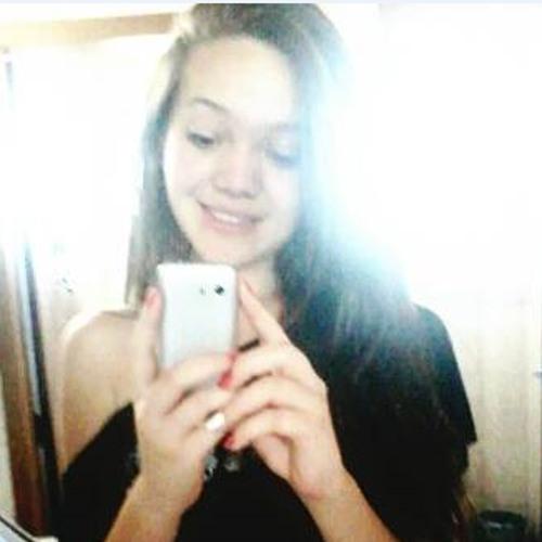 Aline Santos 78's avatar