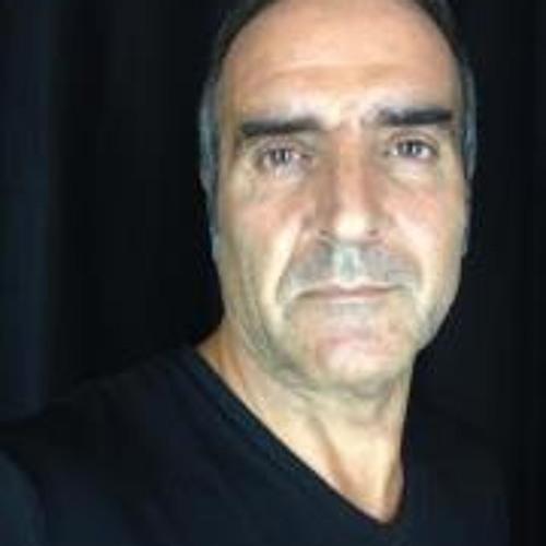 Ali Astaneh's avatar