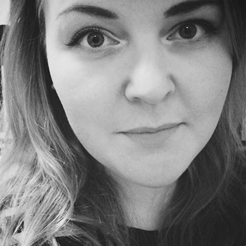 Anne-Mari R's avatar