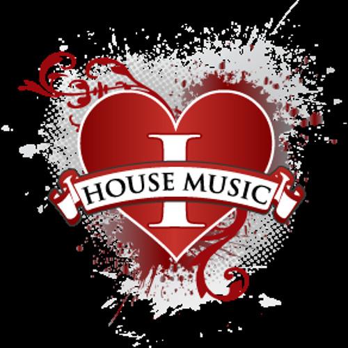 Luke Loves House's avatar