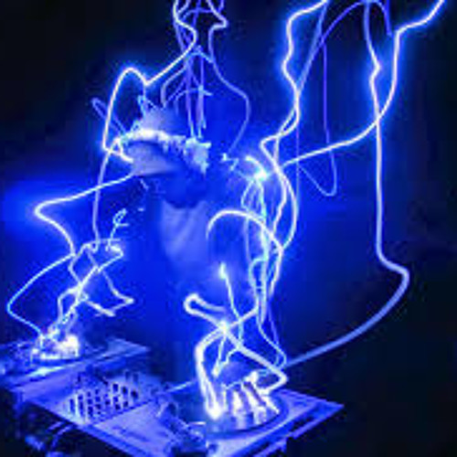 DJ Nee-Oo's avatar