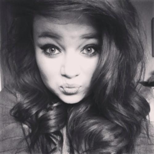 Kay Leiigh Ox's avatar