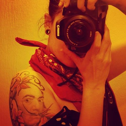 Erika Ferreira 13's avatar