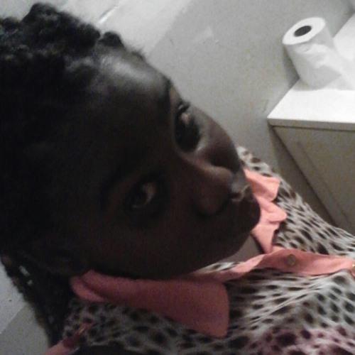 Dat_Girl_Dee's avatar
