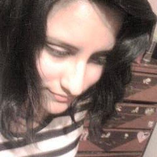 Lili Mosqueira's avatar