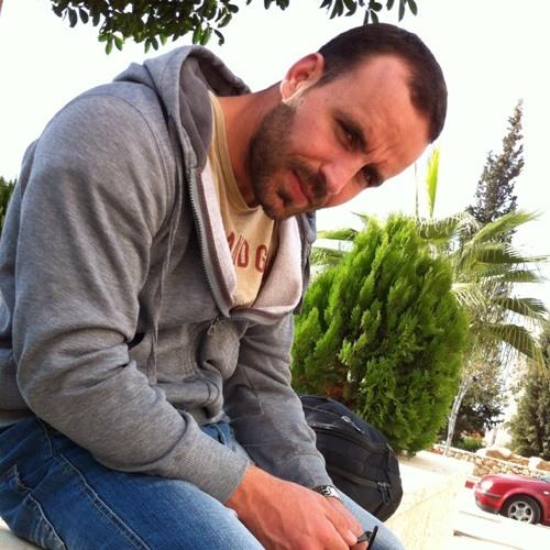 Mahdi Qwareeq's avatar