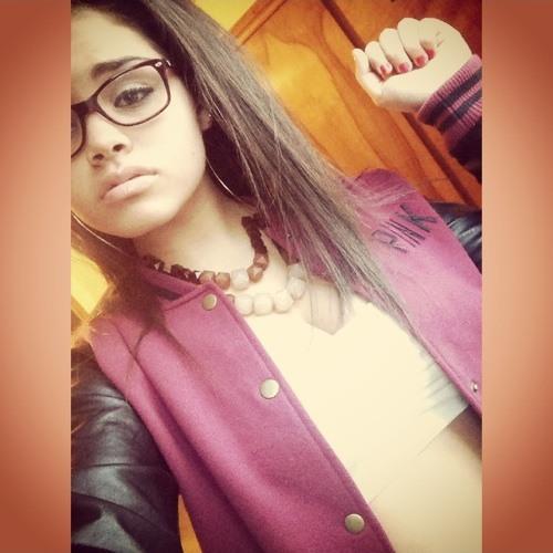 IG:  _.samira's avatar