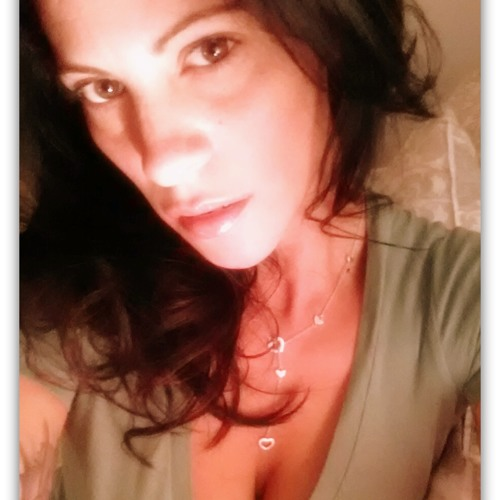 Loralie Goodwin's avatar