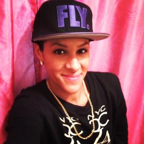 Royelle's avatar